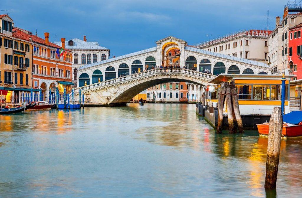 Rialto Bridge in Vencie