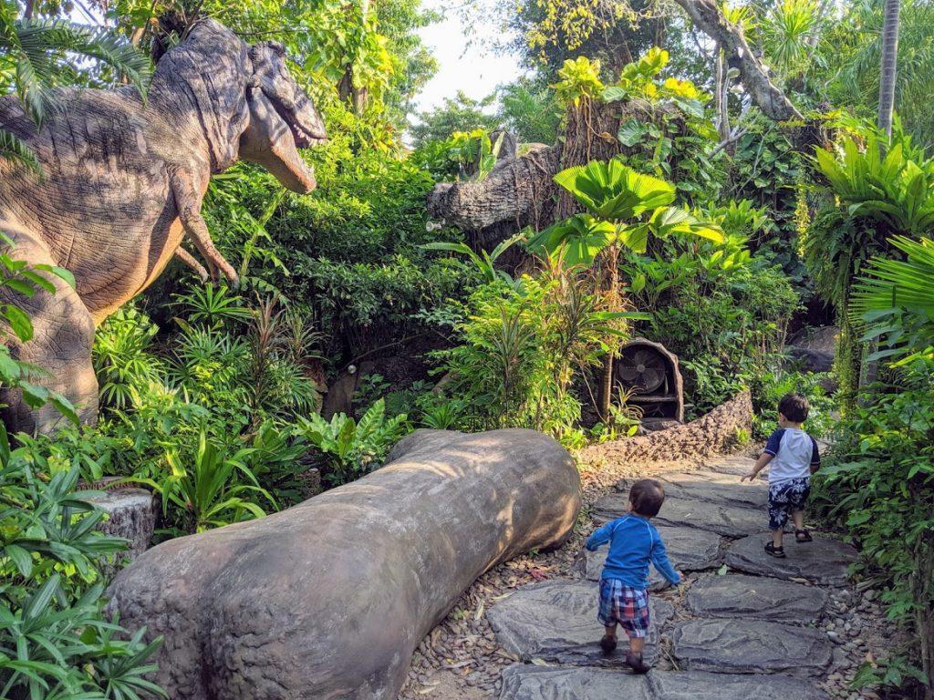 Dino Park Mini Golf in Phuket