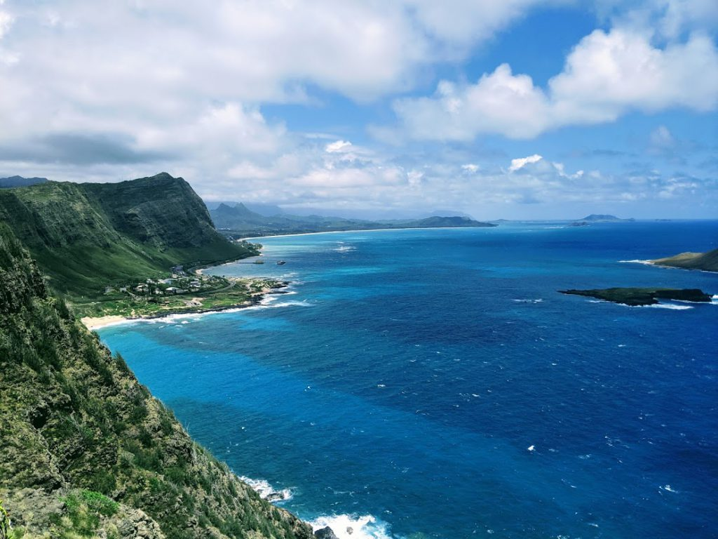 The view of the coast from the summit of the Makapu'u Point Lighthouse trail in Oahu