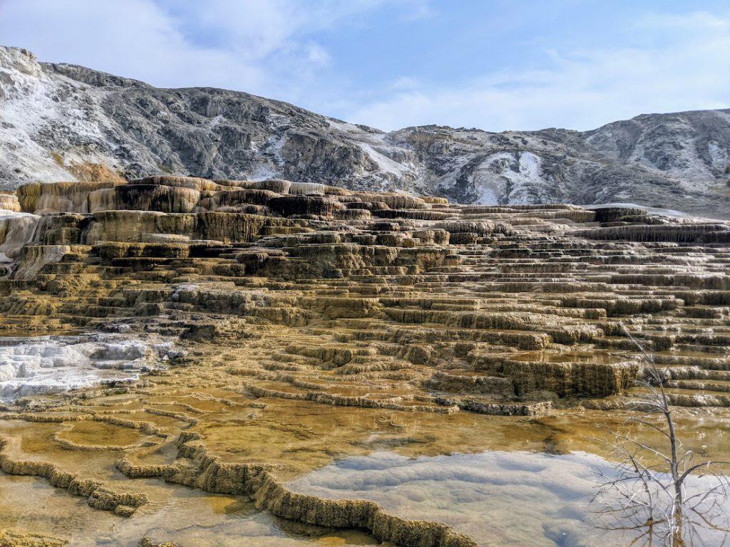 Mammoth Hot Springs- 3 day Yellowstone itinerary