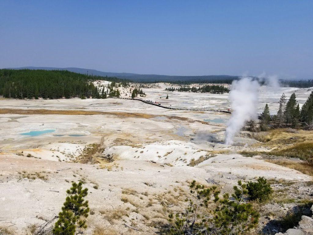 Porcelain Basin- 3 day Yellowstone itinerary